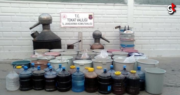 Tokat'ta 2 bin 580 litre sahte içki ele geçirildi