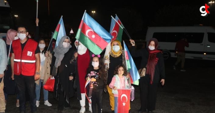 Türk Kızılaydan Azerbaycan'a 11 tır insani yardım