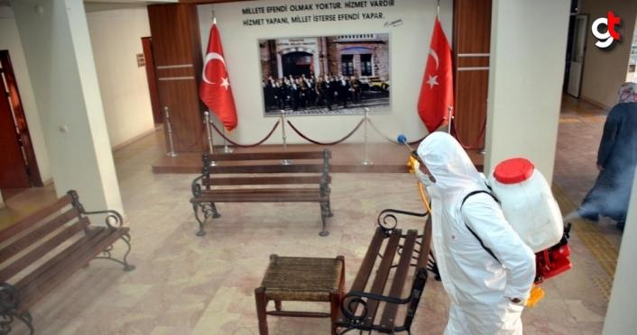 Alaplı'da kamu kurumları dezenfekte edildi