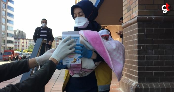 Samsun'da AVM'de terk edilmiş bebek bulundu