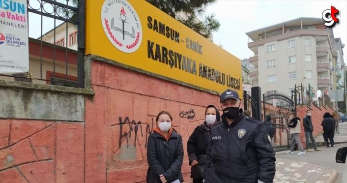Sınava giriş belgesini evde unutan öğrencinin yardımına polis ekipleri yetişti