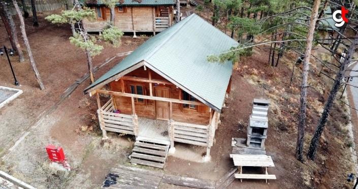 Amasya'daki Boraboy Gölü izole tatil geçirmek isteyenlerden ilgi görüyor
