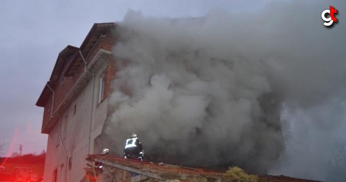 Bartın'da samanlık yangını