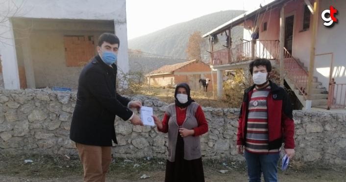Boyabat'ta öğretmenlerden uzaktan eğitim desteği