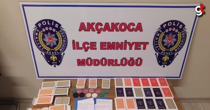 Düzce'de kumar oynayan 9 kişiye 47 bin 475 lira ceza kesildi