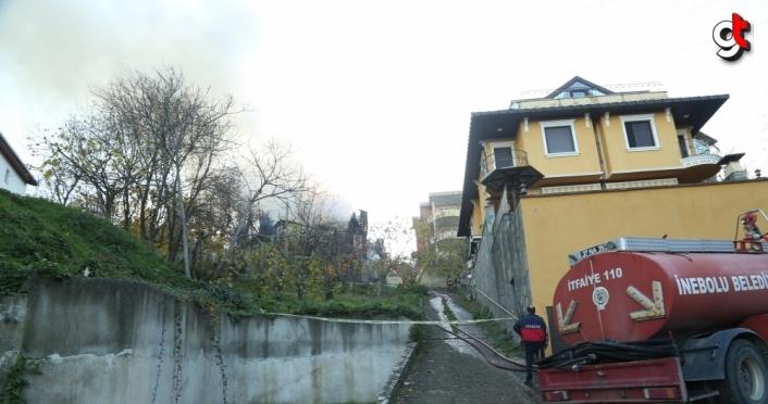 Kastamonu'da ahşap ev yanarak kullanılamaz hale geldi