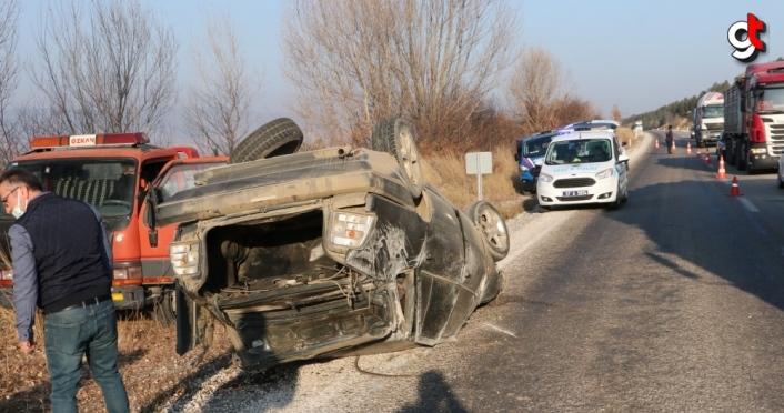 Kastamonu'da otomobil devrildi: 3 yaralı
