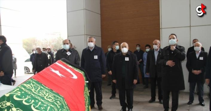 Samsun'da Kovid-19 nedeniyle hayatını kaybeden hemşire için tören düzenlendi