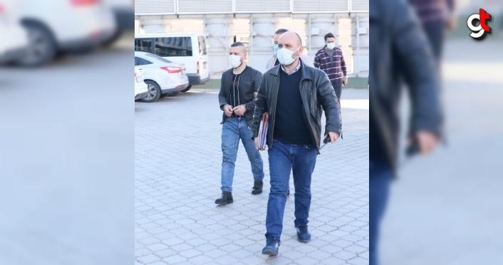 Samsun'da tartıştığı ağabeyini silahla yaralayan kişi teslim oldu