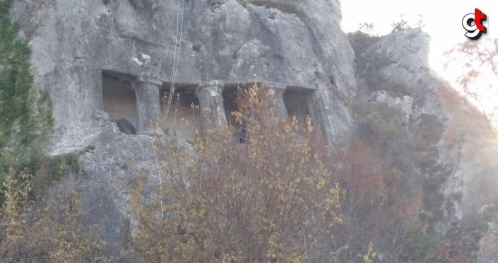 Sinop'ta kaçak kazı yapan 4 kişi gözaltına alındı