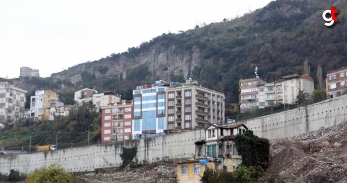 TOKİ Başkanı Ömer Bulut Trabzon'da incelemelerde bulundu: