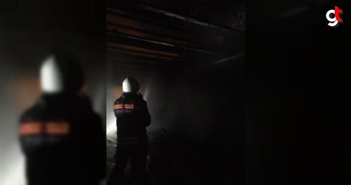 Trabzon'da soğuk hava deposu imalatı yapan fabrikada yangın çıktı