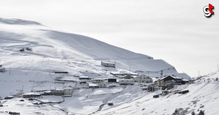 Zigana Kış Sporları ve Turizm Merkezi misafirlerini bekliyor