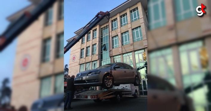 Arhavi Belediyesi makam aracı  haczedildi