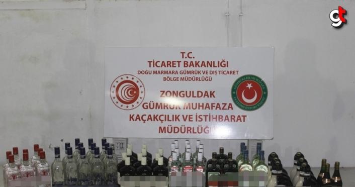 Bartın'da yabancı bandıralı gemide 64 şişe bandrolsüz içki ele geçirildi