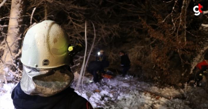 Düzce'de pikap şarampole devrildi: 6 yaralı