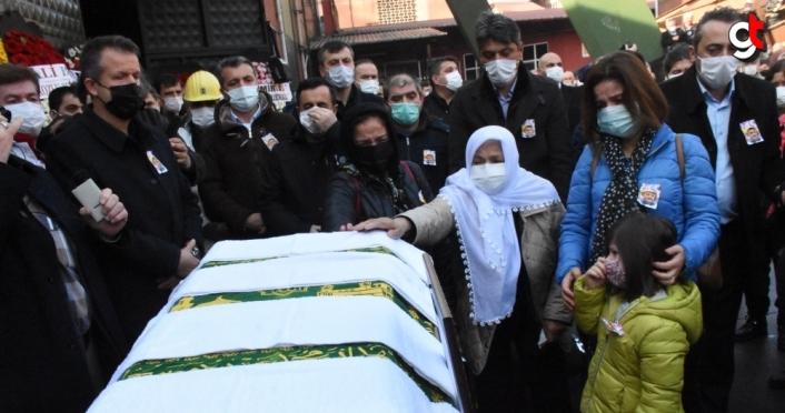 Kansere yenilen GMİS Genel Sekreteri Kolçak için Zonguldak'ta evlendiği kuyu başında cenaze töreni düzenlendi