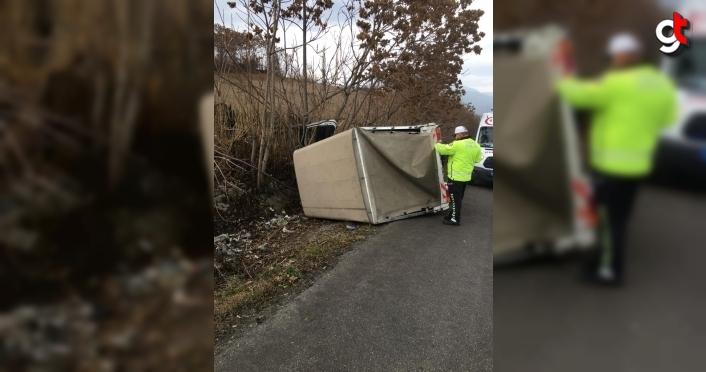 Karabük'te trafik kazaları: 2 yaralı