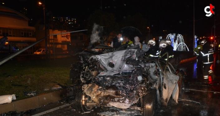 Ordu'da zincirleme trafik kazasında 3 otomobil yandı 1 kişi öldü