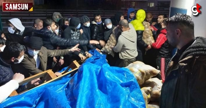 Samsun'da genç işadamı Ali Erdoğan, ihtiyaç sahiplerine 800 çuval patates dağıttı