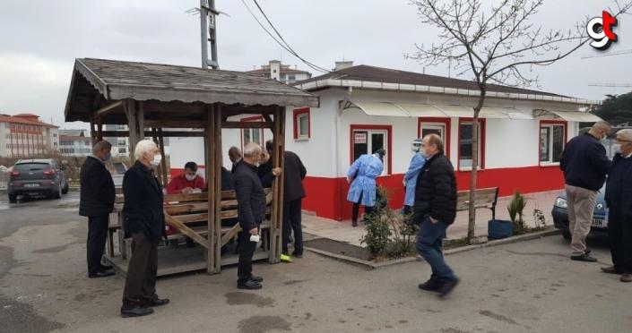 Samsun'da toplu taşıma araçlarının sürücülerine Kovid-19 testi yapılıyor