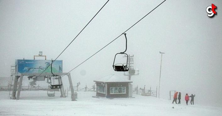 Samsun'un yüksek kesimlerinde kar etkili oluyor