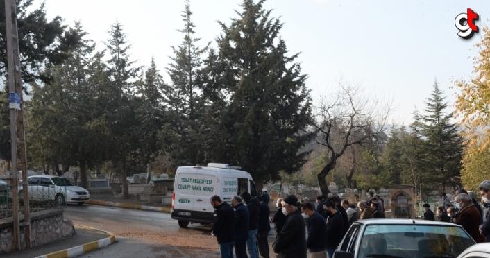 Tokat'ta Kovid-19'a yakalanıp 7,5 aylık bebeği sezaryenle alınan kadın öldü