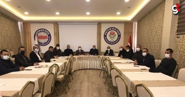Eğitim-Bir-Sen'den AK Parti Grup Başkanvekili Özlem Zengin hakkındaki paylaşıma tepki