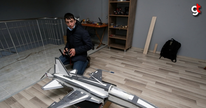 Havacılık tutkunu Trabzonlu genç model uçak yaptı