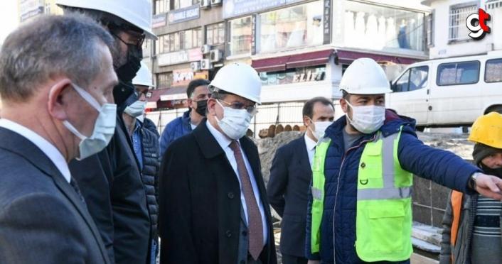 Büyükşehir Belediye Başkanı Demir, Subaşı Meydanı'ndaki çalışmaları inceledi