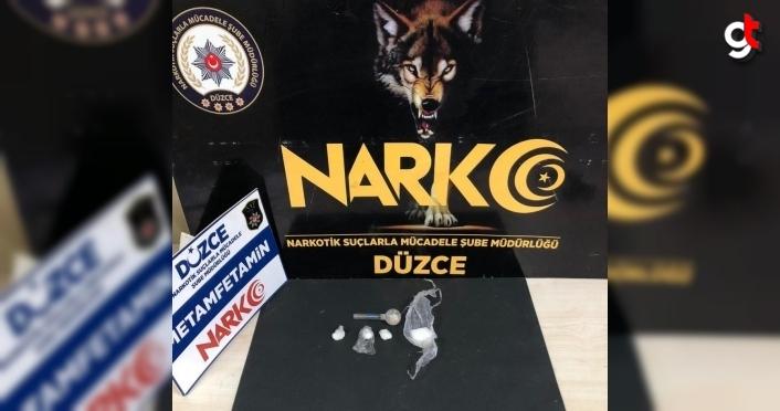 Düzce'de uyuşturucu operasyonlarında yakalanan 2 şüpheli tutuklandı