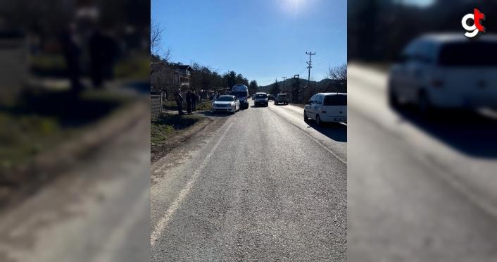 Mudurnu'da şarampole devrilen traktördeki 2 kişi yaralandı