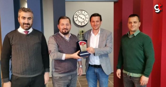 Trabzonspor Yöneticisi Sertaç Güven, TSYD Trabzon Şubesi'ni ziyaret etti