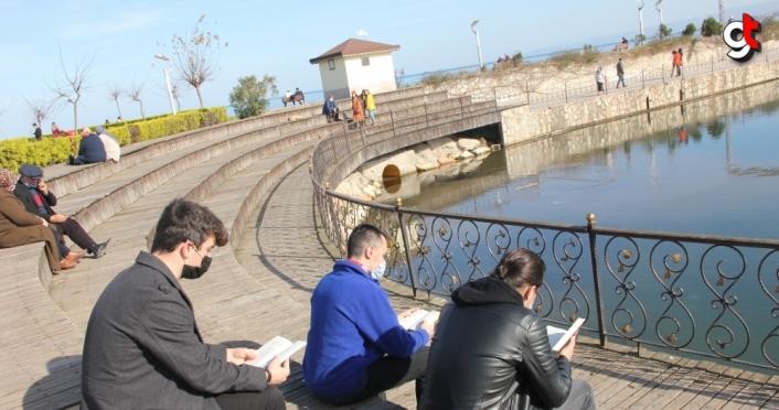 Ünyeli gençler kitap okuma etkinliğinde buluşuyor