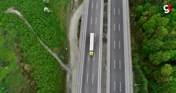 Anadolu Otoyolu Bolu Dağı geçişinde sokağa çıkma kısıtlamasında sakinlik yaşanıyor
