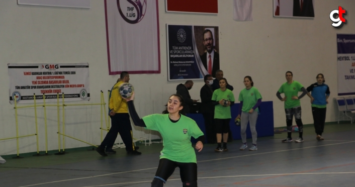 Azmeden gençler küçük bir ilçede kurulan hentbol takımını Süper Lig'e taşıdı