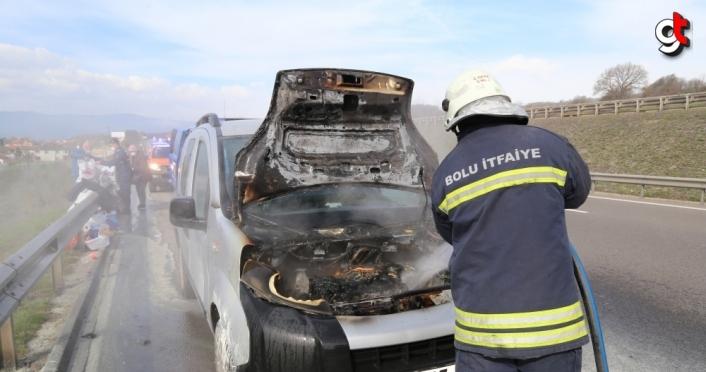 Bolu'da seyir halindeyken yanan araçta maddi hasar oluştu