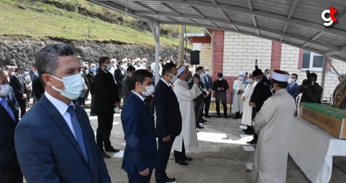 Diyanet İşleri Başkanı Ali Erbaş'ın vefat eden amcası son yolculuğuna uğurlandı