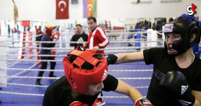 Genç Kadınlar Boks Milli Takımı, Dünya Şampiyonası hazırlıklarını Kastamonu'da sürdürüyor