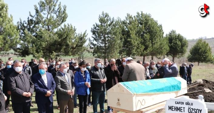 Havza'da kalp krizi sonucu hayatını kaybeden muhtar Ali Zengin son yolculuğuna uğurlandı