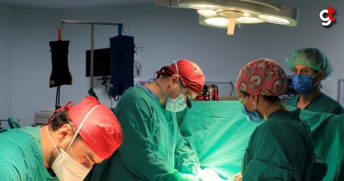 Kalbinde kist olan hasta, KTÜ Farabi Hastanesinde yapılan ameliyatın ardından sağlığına kavuştu