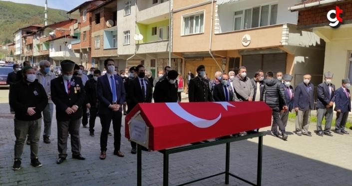 Karabük'te vefat eden Kıbrıs gazisi Asım Kocakaya son yolculuğuna uğurlandı