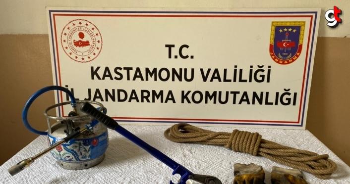 Kastamonu'da kablo hırsızlığı iddiasıyla 2 şüpheli yakalandı