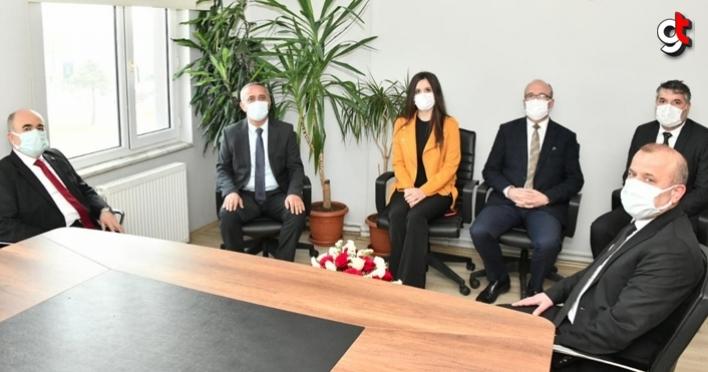 Samsun Valisi Dr. Zülkif Dağlı, Dünya Veteriner Hekimler Günü'nü kutladı