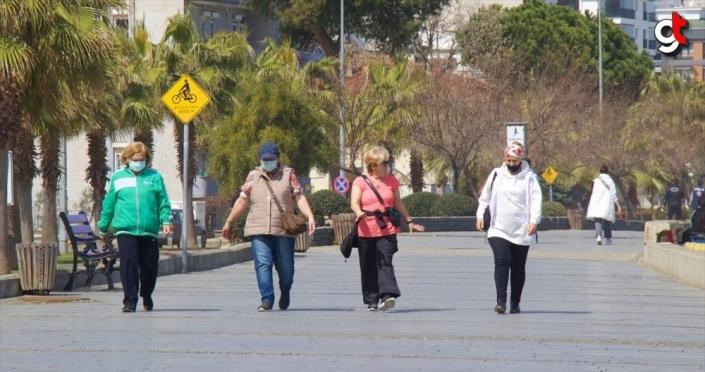 Samsun'da vatandaşlar güneşli havanın tadını çıkardı