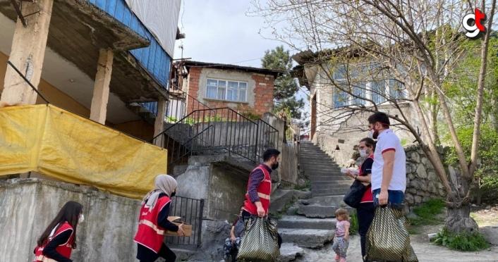 Türk Kızılay Karabük Şubesinden ihtiyaç sahiplerine ramazan yardımı