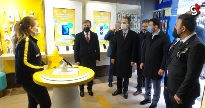 Yeniden Refah Partisi Genel Başkanı Erbakan, Borçka'da partililerle buluştu: