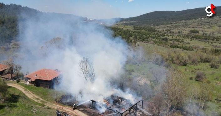 Kastamonu'da evinde yangın çıkan engelli kişi hayatını kaybetti