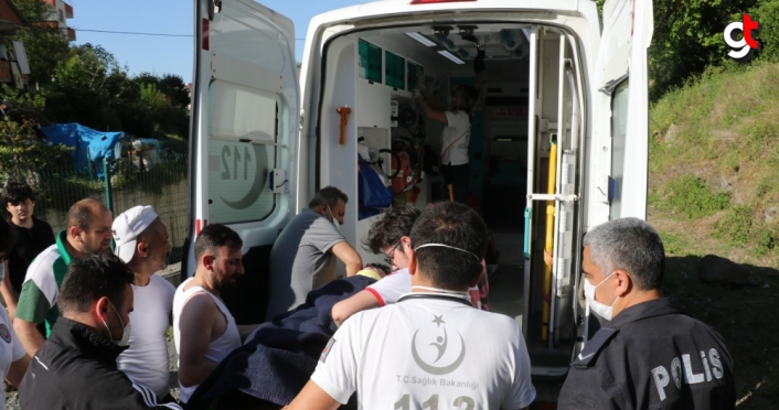 Samsun'da ırmak korkuluğuna yaslanan çocuk 5 metreden aşağı düştü
