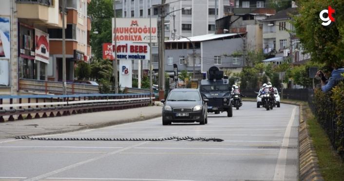Trabzon'da polis ekipleri silahlı soygun tatbikatı yaptı